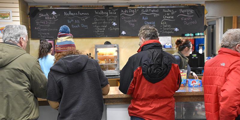 Ice Break Cafe